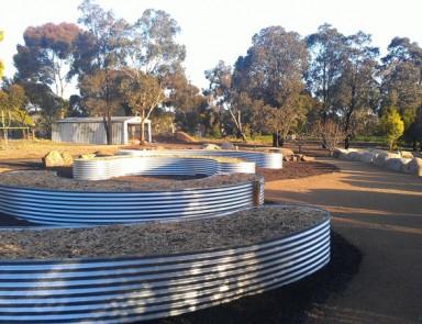 Westmeadows-Comm-Gardens